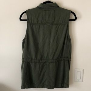 American Eagle Outfitters Jackets & Coats - AE Olive Green Cargo Vest